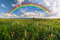 Rainbow over meadow Royalty Free Stock Photography