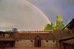 Rainbow sopra la Camera Fotografia Stock Libera da Diritti