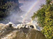 Rainbow sopra la cascata Fotografie Stock