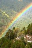 Rainbow sopra la strada Fotografia Stock