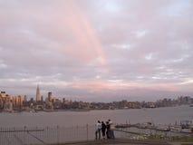 Arcobaleno sopra Manhattan Fotografia Stock