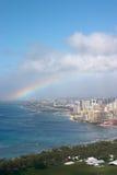 Rainbow sopra Waikiki immagine stock