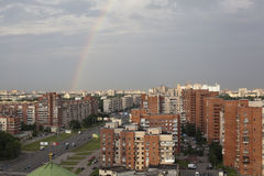 Rainbow sul cielo a St Petersburg Immagine Stock