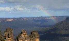 Rainbow in tre sorelle Fotografia Stock Libera da Diritti