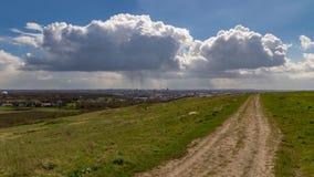 Raincloud över Dortmund, Tyskland fotografering för bildbyråer