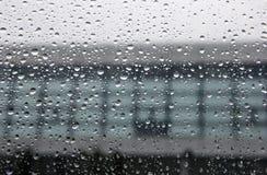 Raindrop na szkle Obrazy Royalty Free