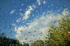 Raindrops na przedniej szybie Obrazy Royalty Free