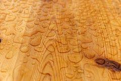 raindrops table trä Arkivfoton