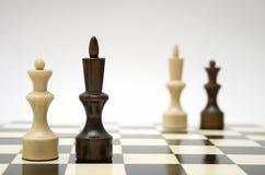 Rainha e rei da xadrez - inter-raciais Foto de Stock