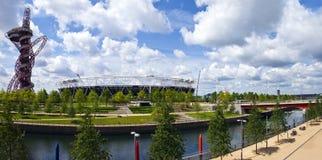 Rainha Elizabeth Olympic Park em Londres fotos de stock royalty free