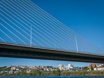 Rainha Santa Isabel Bridge à Coimbra, Portugal Photo libre de droits