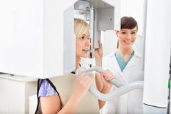 Raio X dental panorâmico imagens de stock