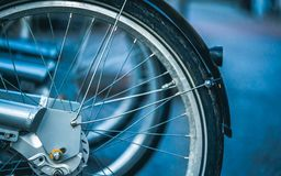 Raios da roda dentada da roda denteada da roda de bicicleta imagens de stock royalty free