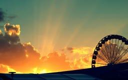 Raios de esperança dourados no ciclo da vida Fotos de Stock Royalty Free