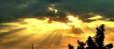 Raios de Sun Imagens de Stock