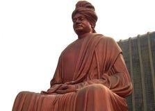 Raipur Chhattisgarh, Indien - Januari 7, 2009 enorm staty för röd färg av swamien Vivekananda Arkivfoton