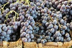 Raisins à un marché de l'Allemagne Photo stock