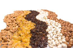 Raisins, amêndoas, pistachio e avelã imagem de stock