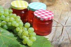 Raisins et gelée de raisin photos stock