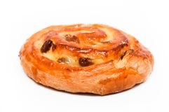 Raisins secs de petit pain de cannelle Photographie stock libre de droits
