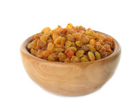 Raisins in a wooden bowl Royalty Free Stock Photos