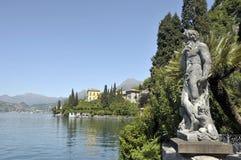 Raisons de villa Monastero sur le lac Como images libres de droits