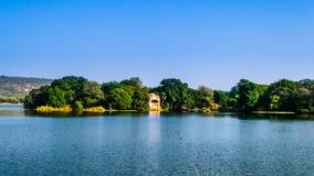 Raj Baug湖 免版税图库摄影