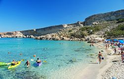 Raj zatoka, Malta †'Wrzesień 28, 2013 Raj zatoka na Marfa półwysepie na Wrześniu 28, 2013 Zdjęcie Royalty Free