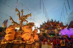 Raja Uda, Penang/Malasia - CIRCA enero de 2016: Año Nuevo chino cel Fotos de archivo