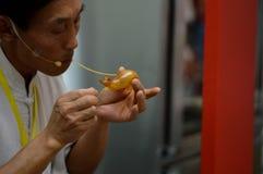 Rajadamri w Bangkok, Tajlandia: Styczeń 29, 2017 Chiński nowy rok, Pokazuje formierstwo cukier od Chiny Zdjęcie Royalty Free