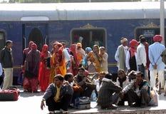 rajastan india plattformsjärnväg Arkivfoto