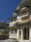 Rajasthan - India - Kumbhalgarth Fort & temple. Kumbhalgarth hilltop fort with Hindu temple in foreground.  In the Aravalli Hills near Udaipur in the Stock Images