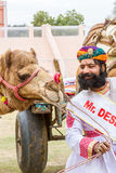 Rajasthani人和骆驼 库存图片