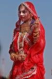 Rajasthani妇女参加女士 Moomal比赛 免版税库存照片
