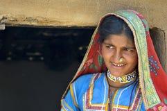 Rajasthani-Dorf-Frau Stockfotos