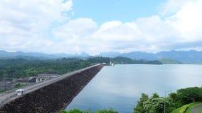 Rajchaprabha水坝,素叻他尼 免版税库存图片