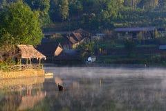 Rak泰国村庄, Pai,夜丰颂 免版税库存图片
