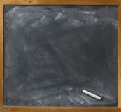 rak blank krita för blackboard Royaltyfria Bilder