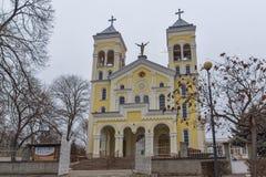 RAKOVSKI BUŁGARIA, GRUDZIEŃ, - 31 2016: Kościół Rzymsko-Katolicki Najwięcej świętego serca Jezus w miasteczku Rakovski fotografia royalty free