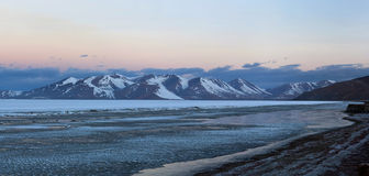 Rakshas Tal Lake i Tibet Arkivfoto