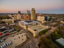 Raleigh del centro, NC al crepuscolo Fotografie Stock Libere da Diritti