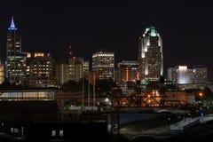 Raleigh, horizon de nuit du ` s de la Caroline du Nord image stock