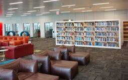 RALEIGH, NC/USA - 5-23-2019: A biblioteca de James Hunt no terreno centen?rio da universidade estadual do NC em Raleigh NC imagens de stock royalty free