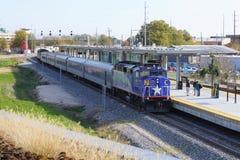 Raleigh, Pólnocna Karolina, usa - Listopad 23, 2018: Podgórska pociąg usługa między Raleigh i Charlotte, NC Działający Amtrak zdjęcie royalty free