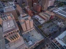 Raleigh som är i stadens centrum på solnedgången i mars Arkivbilder