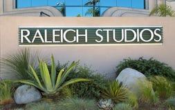 Raleigh Studios Entrance och tecken Arkivfoton