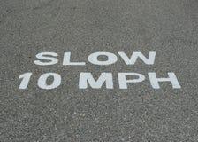Ralentissez 10 M/H Image libre de droits