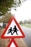 Ralentissez, poteau de signalisation Photo stock