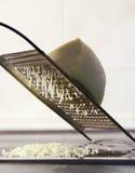 Rallador del queso Imagenes de archivo
