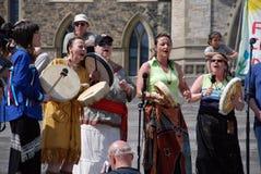 Rallys nativos da faixa para Kyoto em Ottawa Fotos de Stock